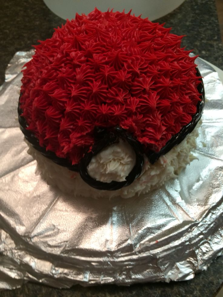 For my daughter's 10th birthday she wanted a pokeball cake.