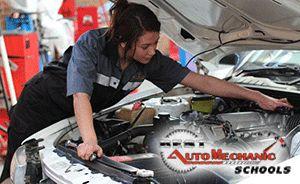 Check out the Top Auto Mechanic Schools in Houston (TX) - http://best-automechanicschools.com/houston/