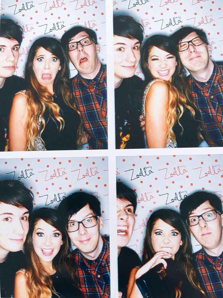 Zoe looks so happy in this, and she should..the beauty line was a success ;)