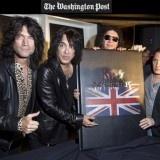 "Band rock legendaris kiss mengambil bagian dalam konsfrensi press pada tanggal 3 juli 2012, selasa pagi tadi di London,Inggris.Untuk melaunching buku retrospektif terbarunya yang berjudul ""KISS MONSTER""."