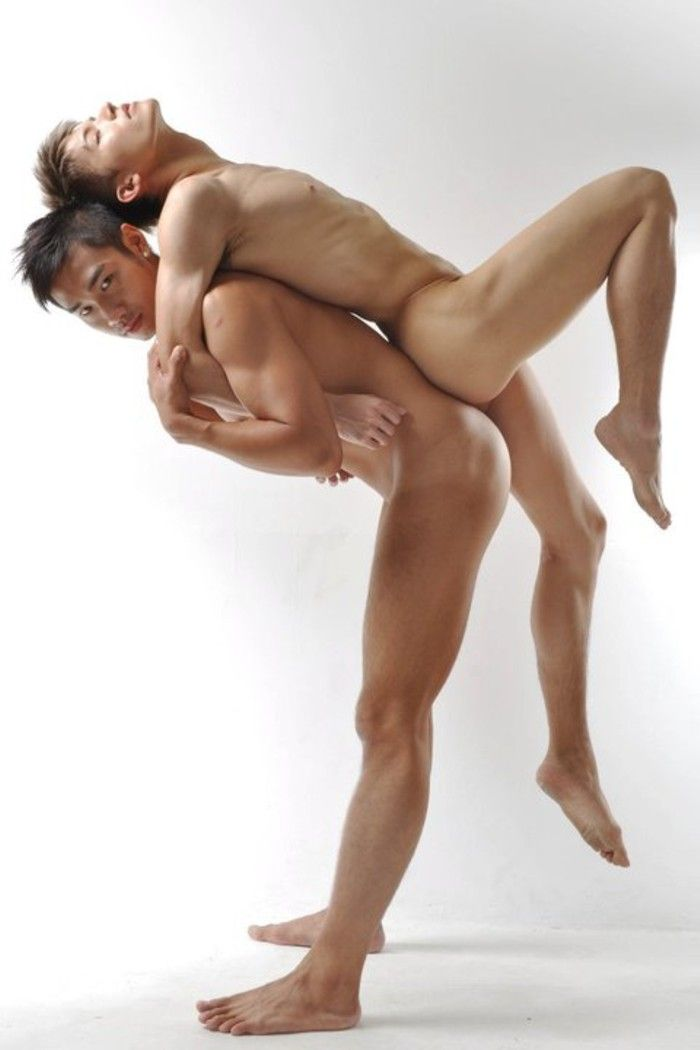 sexy-boy-dance-naked