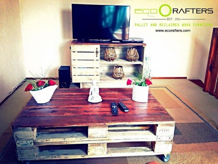 Hand Made Pallet And Reclaimed Wood Furniture