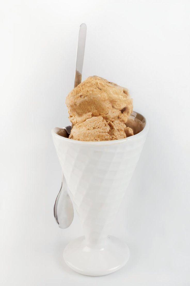 Helado de yogurt y café orgánico. ¡Un saludable helado para comer sin remordimientos!