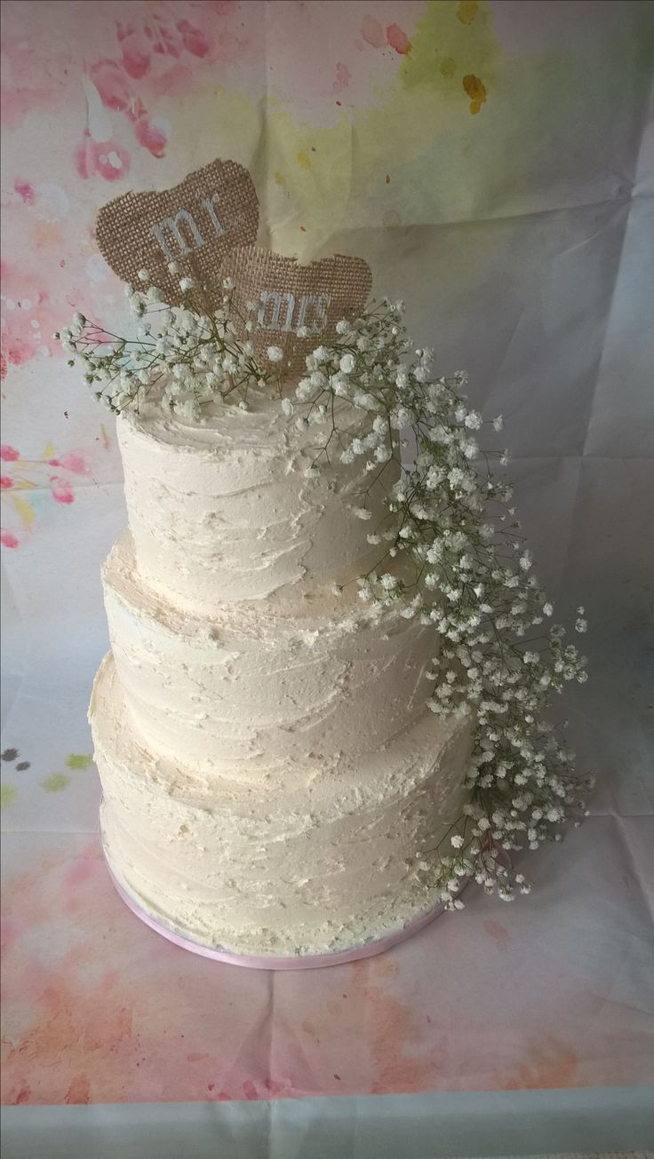 Rustic Fresh Gypsophelia Wedding Cake