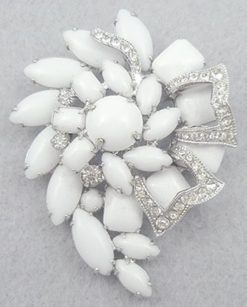 Eisenberg Milk Glass Brooch - Garden Party Collection Vintage Jewelry
