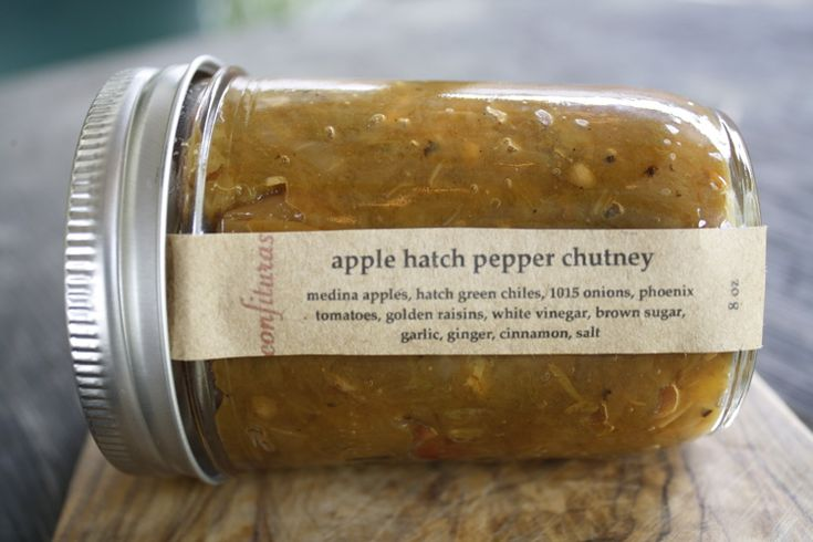 Apple Hatch Chile Chutney - Cosmic Cowgirl. I love, love, love the sweet and heat that happens when fruit and chiles meet. and since chiles are on the menu for this month's tigress can jam, they simply had to go the way of sweet and heat as ...