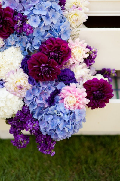 Definitely love the hydrangea, but with callas/maybe peonies/or rose instead of ones shown? flowers