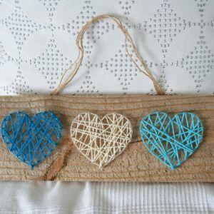 string art coeur sur palette de bois recyclée
