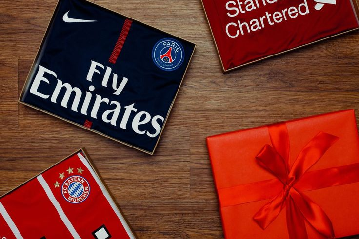 Looking for that perfect gift for Dad? World Soccer Shop has you covered with all the best gifts for your favorite soccer Dad!