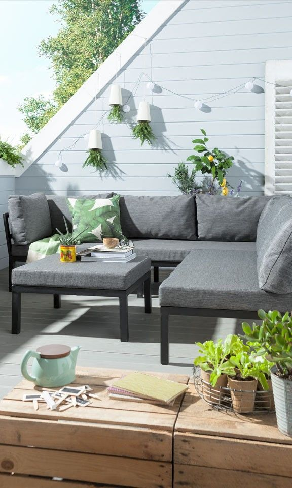 Weil Es Auf Die Grunen Details Ankommt Mehr Gartenmobel Fur Deinen Balkon Balkonmobel Bal Lounge Mobel Balkon Lounge Mobel Terasse Lounge Mobel