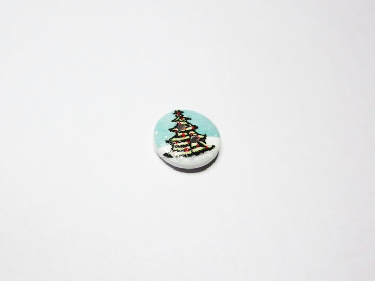 Christmas Tree Buttons, Small wood buttons, Christmas tree & snow pattern wood sewing button 15mm - set of 12 Knit Crochet Boot cuff buttons by TiStephani on Etsy