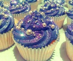 Galaxy cupcakes. Would be so cool for a Doctor Who party. And they have edible ball bearings. The Doctor loves those.