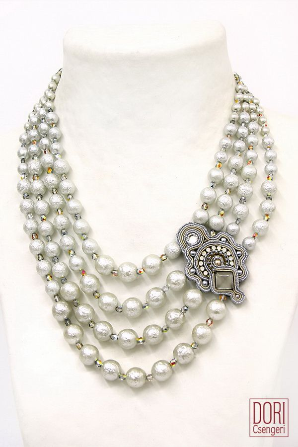 statement necklaces : Gothika Pearl Necklace