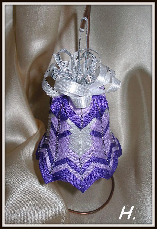 fialovo- bílý zvonek