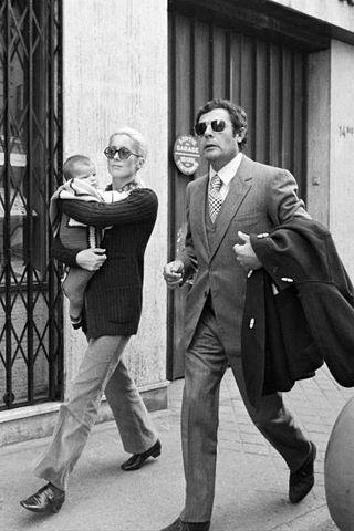 catherine deneuve, marcello mastroianni, and daughter chiara. 1972. cinematic, genius, glamour, defined.