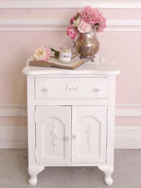 24 best shabby chic nightstands images on pinterest for. Black Bedroom Furniture Sets. Home Design Ideas