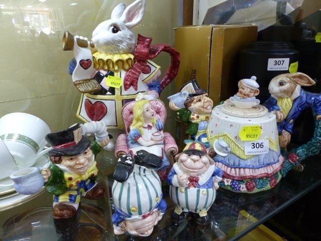 Fitz & Floyd Alice in Wonderland ceramics including teapot, salt & peppers, large rabbit jug and more.