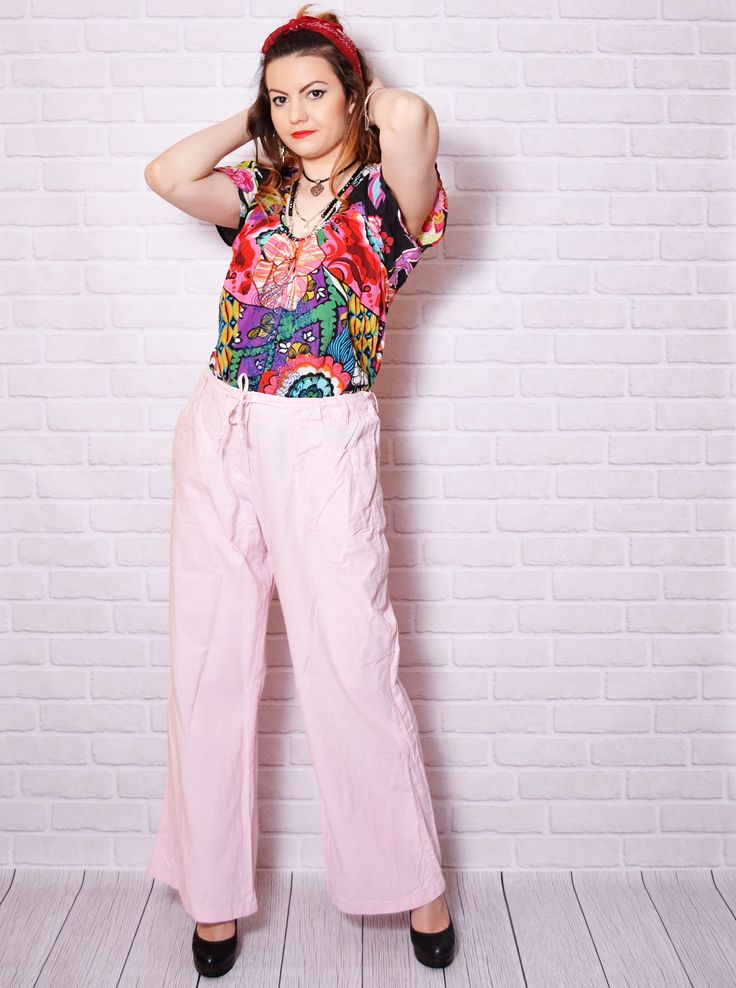 Vintage casual summer pink pants.  The model on the pictures is size S/36 and 165 cm height. Please check measurements with your own to avoid problems with the size. Make sure you double the measurements where shown (*2):  Label size: 42/ XL Total lenght: 99.5 cm / 39.25 inches Waist: 41 cm *2 / 16.25 inches *2 Hips: 55 cm *2 / 21.75 inches *2 Thigh: 31 cm *2 / 12.25 inches *2 Inseam: 75 cm / 29.5 inches Rise: 31 cm *2 / 12.25 inches  Label: Etam Condit...