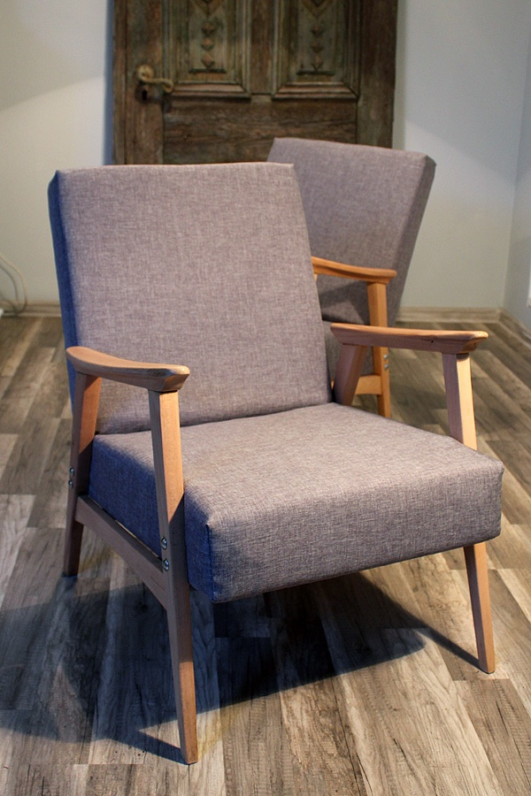 Vintage Armchairs by Furniture Restoration, via BehanceVintage Armchair