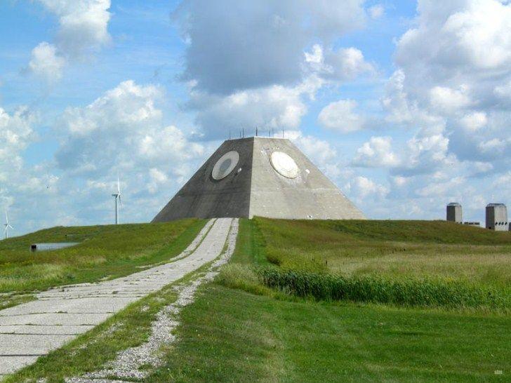 Resultado de imagen de nekoma pyramid