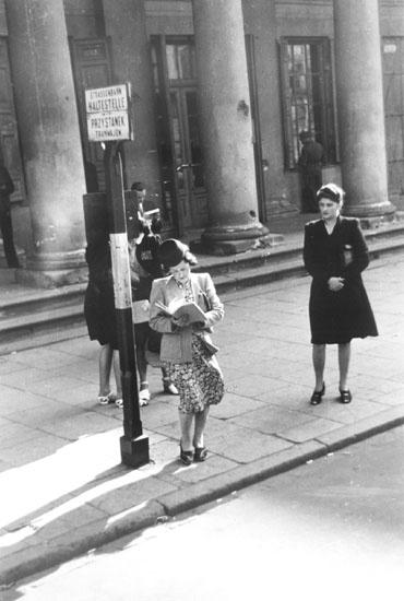 Women in 1940, Warsaw