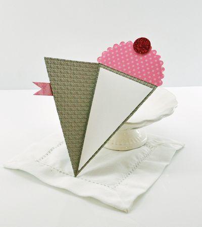 Cute idea!  use the SU banner punch and small scallop circle to make mini-cones