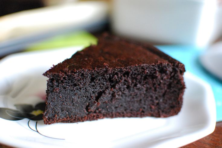 Two Ways Of Making The Most Popular Chocolate Cake Varieties Food & Drink - Le Janae