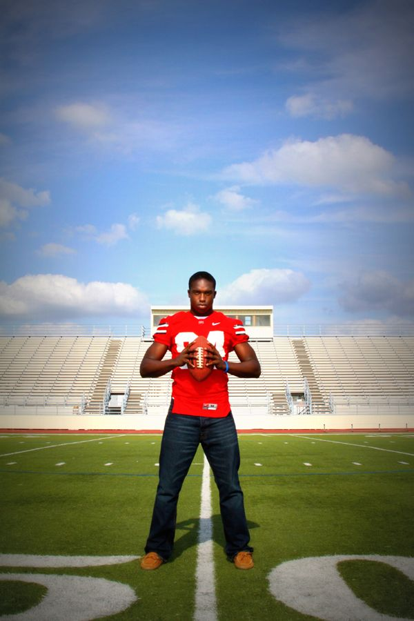 Click the pic for photography inspiration and ideas, senior pictures, football, athlete - Lisa McNiel #photography #football #seniorpictures #atlete