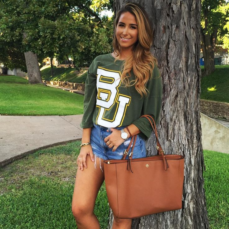 Love this look with the Baylor T-shirt. #SicEm