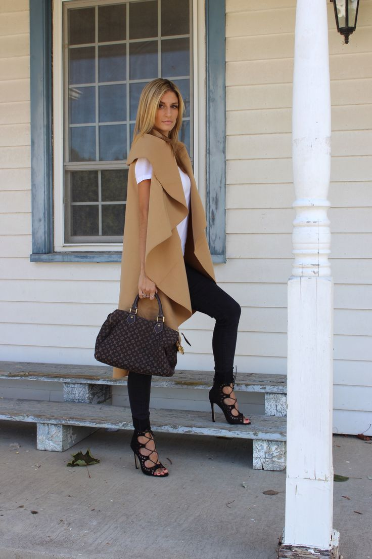 Cozy oversized camel vest for fall!  Fall layering at its best.  Louis Vuitton Speedy + American Apparel white t-shirt + H&M black skinny jeans + black lace up pointed toe heels. #fallstyle #ootd