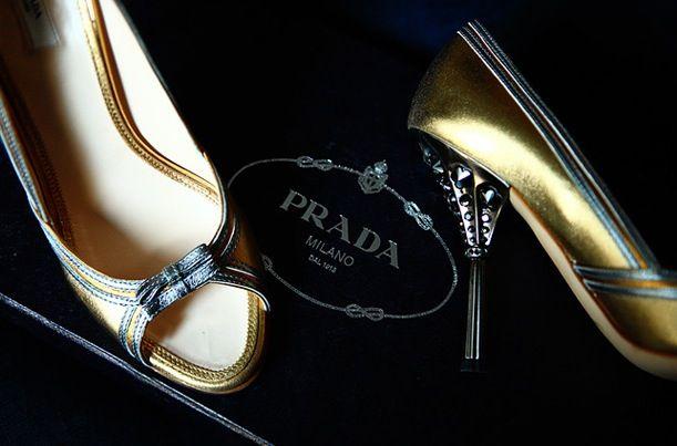 Silver and gold peep toe Prada shoesShoes Fetish, Bridal Beauty, Prada Shoes, Shoes Lust, Tuesday Shoesday, Gold Peep, Silver Shoes, Bridal Beautiful, Peep Toes