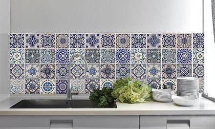 Ces stickers carreaux de ciment super tendances relookeront les cuisines ou salles de bain très rapidement.