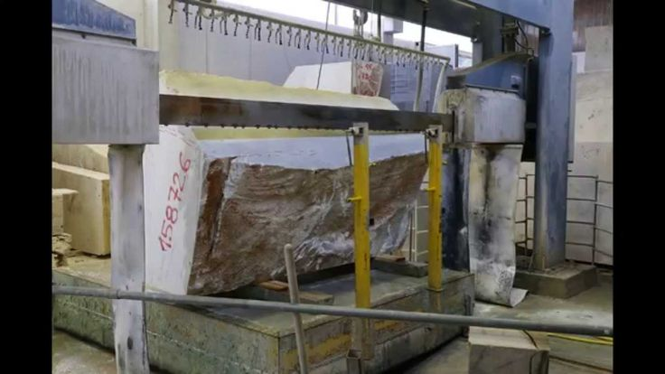 Cutting a Carrara #Marble block from Savema - Time-lapse Video.