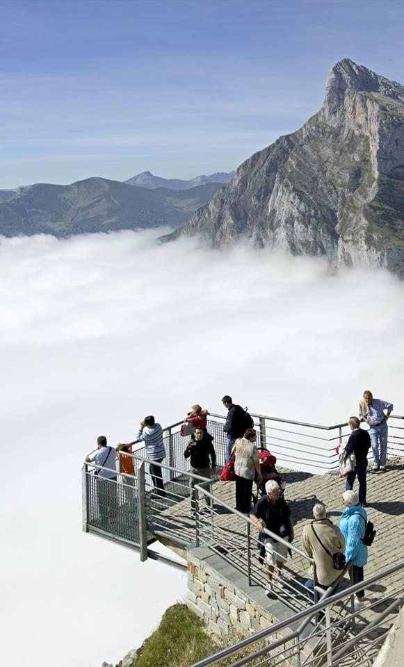 Mirador de fuente d cantabria spain picos de europa for Piscinas naturales cantabria