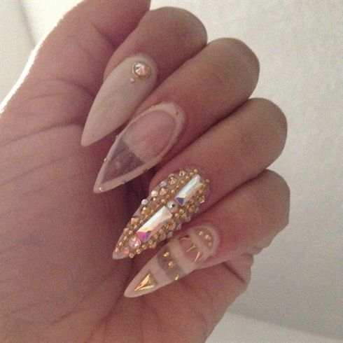 ✦⊱Sexy Stiletto Nails⊰✦