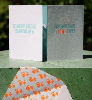 letterpers_letterpress_geboortekaartje_sebastiaan_uiltje_fluor-oranje_mint_blauw_handgemaakte_enveloppen_fluor_binnenkant_uiltjes_ue