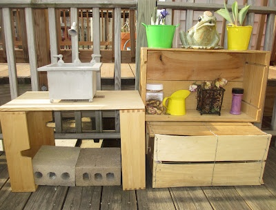 Mud pie kitchenBaby Plays, Mud Kitchens, Kitchens Design, Simple Kitchens, Mud Pies Kitchens, Backyards Baby, Kitchens Fun, Jewels Rose, Kitchens Mud