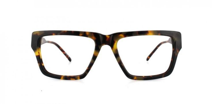 BLUNT INSTRUMENT I Classic shape cut on the chunky side. We´ve softened the sharp edges to create a wonderful blunt look. Subtle camouflage effect acetate.