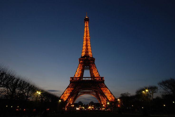 Paris - França - visitar a Torre Eiffel, os museus, o jardim de Luxemburgo e etc.