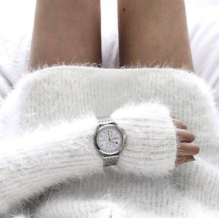 Stylowo i przytulnie! #triwa#christmas #bed#girl #bigcitylife#freetime #triwawatch #butiki #swiss #butikiswiss