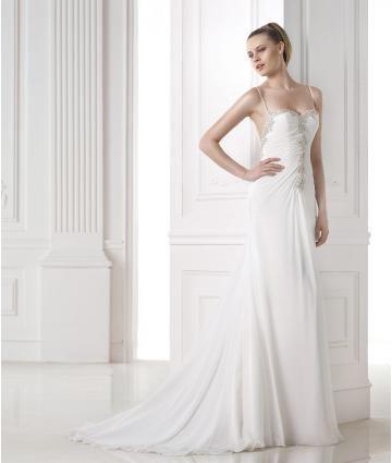 Délka dvorní Svatební šaty s bolerkem Jaro Svatební šaty 2015