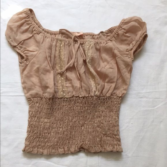 Nude smocked Forever 21 crop top EUC Nude smocked crop top with lace detail in front Forever 21 Tops Crop Tops