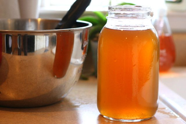 Turn unwanted vegetable scraps into homemade vegetable broth! Saves ...