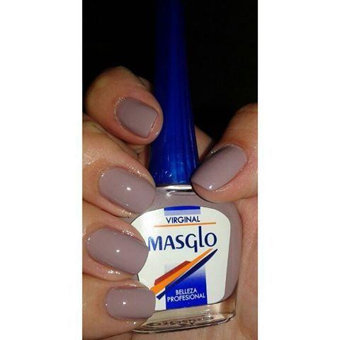 Hermoso color de @masglo_oficial  #masglocolombia  #masglo #masglolovers  #virginal #esmalte