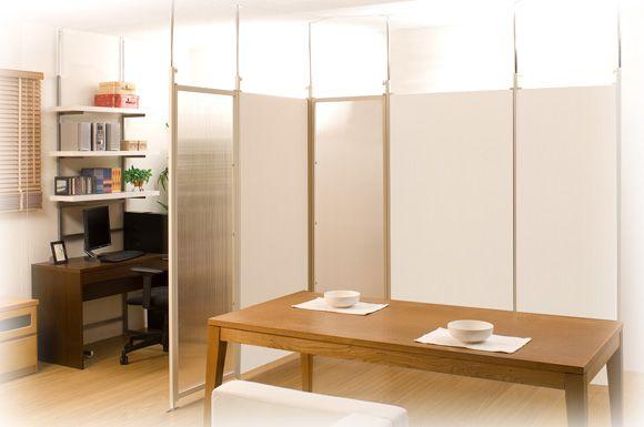 【楽天市場】《 日本製 /お急ぎ》 突っ張り パーテーション 連結用幅87.5cm つっぱりパーティション 間仕切り 目隠し 衝立 空間 書斎 事務所 シンプル おしゃれ パネル 子ども部屋 業務用 リフォーム オフィス インテリア家具 木製調 プライベート空間:プリズム