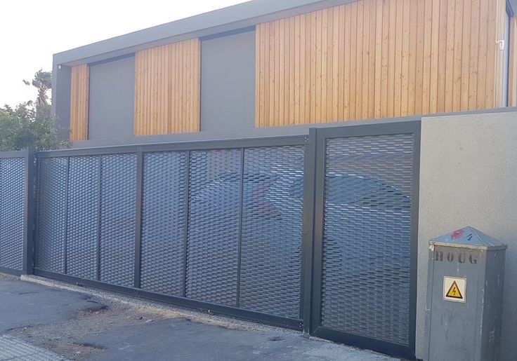 Mesh Gates in Cape Town