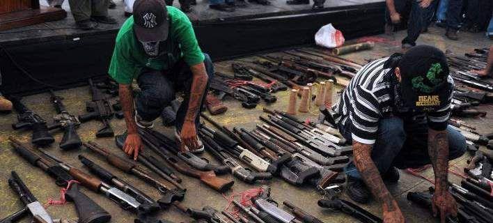 AΠΙΣΤΕΥΤΗ ΒΙΑ ΣΑΡΩΝΕΙ το Ελ Σαλβαδόρ: Αυξήθηκαν κατά 70% οι φόνοι σε σχέση με πέρυσι!