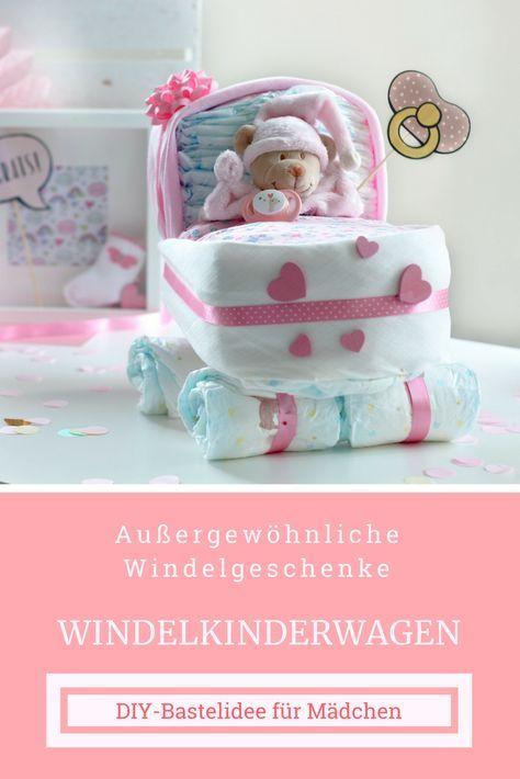 Geschenk zur Geburt für Mädchen: Windelkinderwagen für Mädchen basteln. Ausgefallenes Windelgeschenk als DIY ganz leicht selber machen.
