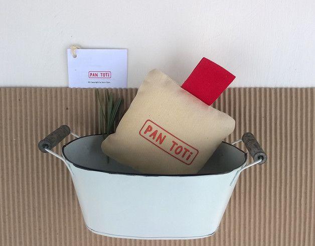 Zawieszka - poduszeczka Pan Toti - Pan-Toti-Kolekcja - Breloki do kluczy #pillow #kid  #unikat #prezent #wyjątkowe #brand #design