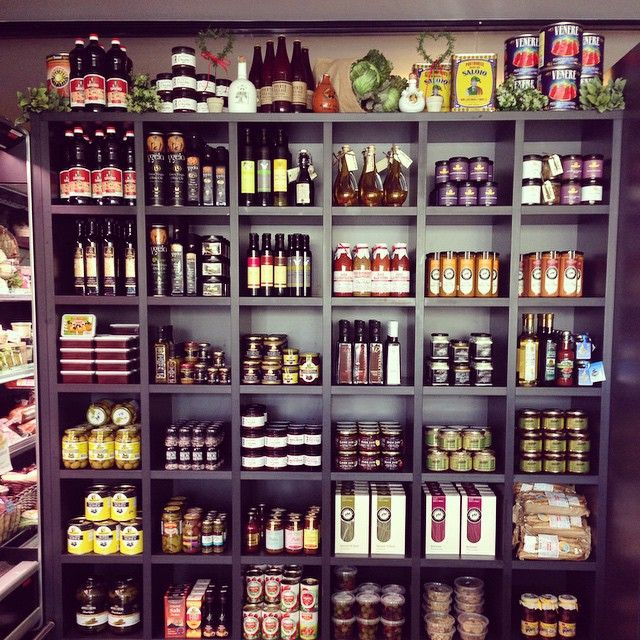 Our shelves have been freshly stocked with beautiful new products to compliment all our #smallgoods in the lead up to #Christmas. Featuring products from @pukaraestate